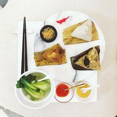 10 個讚,1 則留言 - Instagram 上的 s_s(@s_s_o_o_s_s_o_o):「 . good morning tuesday, it's Dragon Boat Festival . 🌊🐲🔺🔺🔺➰💦 . #goodmorning #morning #breakfast… 」