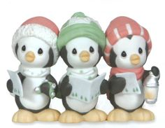 Precious Moments Wee Three Sing Figurine: Let your voices ring out – it's Christmastime! With song sheets in hand, these winter waddlers pay tribute to the carolers who lend their talents to the Christmas songs we have come to cherish over the years. Precious Moments Quotes, Precious Moments Figurines, Biscuit, Penguin Love, Christmas Carol, Christmas Ideas, Christmas Clay, Outdoor Christmas, Christmas Decor