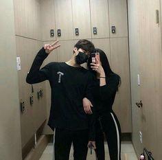 Imagem de couple, Relationship, and style Mode Ulzzang, Ulzzang Girl, Cute Couples Goals, Couple Goals, Couple Ulzzang, Korean Best Friends, Korean Couple, Cute Korean Girl, Wattpad
