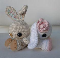Het kan nog net voor de Pasen een lief paashaasje haken. Leuk patroontje van Craftzine