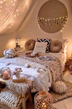 Cute Bedroom Decor, Room Ideas Bedroom, Small Room Bedroom, Bedroom Ideas For Small Rooms Cozy, Boho Bed Room, Ideas For Bedrooms, Cool Bedroom Ideas, Bedroom Decorating Ideas, Romantic Bedroom Design