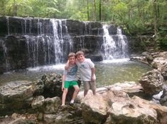 Lots of free trails and park for kids in Branson, MO  http://branson-missouri.com/products/free-things-do/trails-and-parks