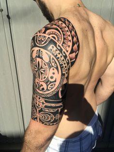 What do you think about this tattoo? Tribal Forearm Tattoos, Wolf Tattoos, Tatoos, Tattoo Artists Near Me, Tattoo Website, Tattoo Uk, Maori Tattoo Designs, Geniale Tattoos, Chest Tattoo