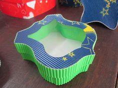 Elkin creaciones: Cajita de carton corrugado en forma de escudo