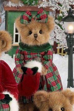Tartan Christmas, Christmas Teddy Bear, Christmas Crafts, Christmas Colors, Teddy Bear Pictures, Cute Stuffed Animals, Boyds Bears, Cute Teddy Bears, Bear Doll