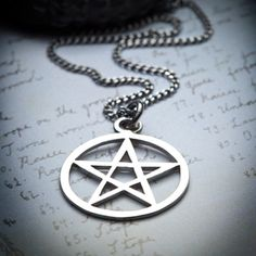 PENTAGRAM-silver necklace