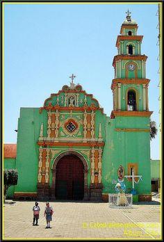 Parroquia de San Pedro Apóstol Maltrata, Estado de Veracruz, MEXICO.  (by Catedrales e Iglesias, via Flickr)