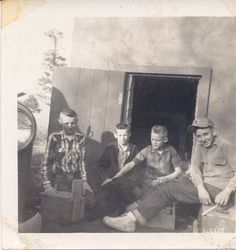 Found vintage photograph of 4 boyhood friends