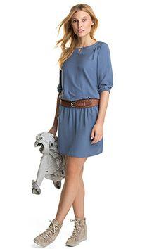 EDC / Vartalonmyötäinen mekko kreppiä