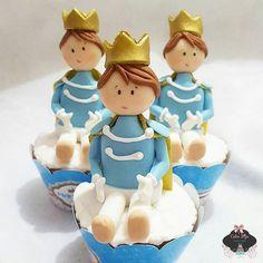 Cupcake principe 3d ♡ #boloprincipe #realeza #festarealeza #bolorealeza #festaprincipe ...