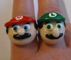 The Mario Bros. wedding Bands #engagementrings #weddingbands trendhunter.com Super Mario Brothers, Super Mario Bros, Mushroom Pictures, Friend Rings, Fire Flower, Geek Jewelry, Jewellery, Unique Jewelry, Friendship Rings