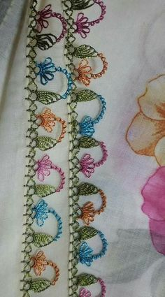 An example of a needle lace example with a really nice color harmony. Crochet Edging Patterns, Crochet Borders, Filet Crochet, Needle Tatting, Needle Lace, Needle And Thread, Lace Art, Booties Crochet, Hand Embroidery Designs