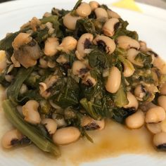 φασόλια μαυρομάτικα με σέσκουλα — Toka