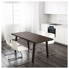 IKEA VÄSTANBY table The clear-lacquered surface is easy to wipe clean.