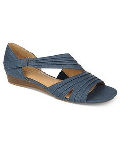 Naturalizer Shoes, Jane Sandals - Shoes - Macy's These would be so cute with jeans.