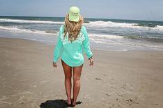 Beach pose idea, senior girl pic pose