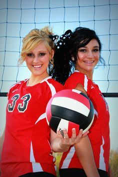 Volleyball Poses for Senior | Photo poses, with the girl on the right's hand on top of the volleyball #VOLLEYBALL