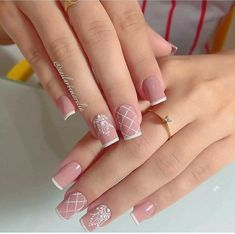 Rosinha is always delicate, right girls? I found a charm and you? Cute Nails, Pretty Nails, My Nails, Christmas Nail Designs, Christmas Nails, Kawaii Nails, Luxury Nails, Nail Accessories, Acrylic Nail Art