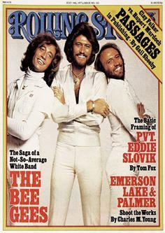 the Bee Gees # os caras tinham uma voz do outro mundo, mas eram uns tipos exóticos também! O Barry Gibb parece um Chewbacca com dentadura korega :)