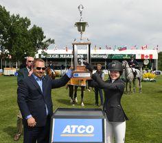 La segunda fecha del 'National' CSI 5* presentado por Rolex en la primera semana de verano en Spruce Meadows, la joven amazona estadounidense Lucy Deslauriers se creció para conseguir su primera victoria del 2017 en Calgary, durante la disputa del ATCO Challenge.
