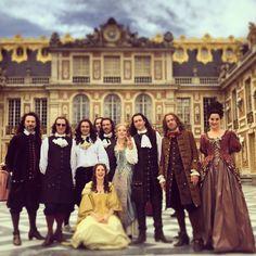 Versailles Bbc, Versailles Tv Series, Costume Roi, George Blagden, 17th Century Fashion, Period Movies, Period Dramas, Ensemble Cast, Louis Xiv