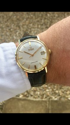 Seller of vintage & modern watches from Omega & Rolex Old Watches, Modern Watches, Fine Watches, Luxury Watches For Men, Vintage Watches, Longines Watch Men, Best Looking Watches, Vintage Ideas, Vintage Stuff