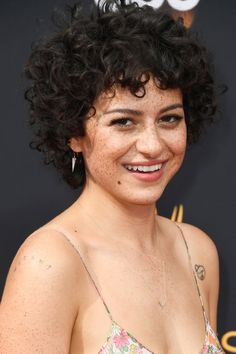 Alia Shawkat ~ Her gorgeous freckley phiz is everything to me right now.