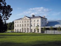 One of ireland s finest palladian villas bellamont forest for Trivago comparateur hotel