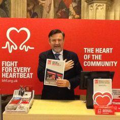 Barry Gardiner MP supports British Heart Foundation Pop-Up Shops.