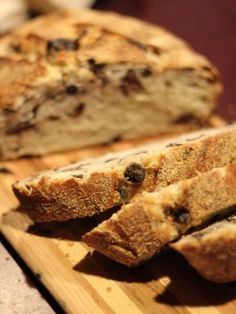 No knead olive bread. This bread will knock your olive socks off!