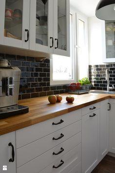 Küchen Design, House Design, Kitchen Backsplash, Kitchen Cabinets, Welcome To My House, Minimalist Kitchen, Kitchen Remodel, Interior Decorating, Sweet Home