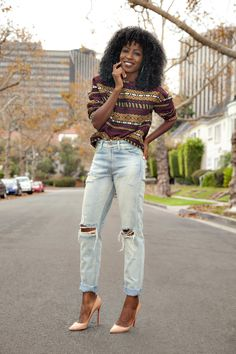 It's Fashion Friday! This outfit would look so cute with an ugly christmas sweater :) Printed Boxy Crewneck + Vintage High Waist Levi's