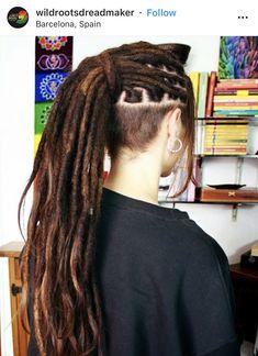 Dreadlocks Undercut, White Girl Braids, Badass Haircut, Dreads Girl, Shaved Sides, Art Hoe, White Girls, Tattos, Front Row