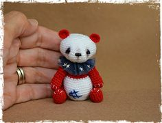 OOAK, Miniature, Thread Artist, Patriotic, Panda Bear. www.pinsandpawsprimitives.blogspot.com
