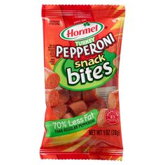 Hormel Pepperoni: It's just not pizza without the fun and zesty flavor of HORMEL® Pepperoni! Pepperoni Bites, Hormel Pepperoni, Turkey Pepperoni, Chef Boyardee Pizza, Packaging Snack, Breaded Shrimp, Food Plus, Candy Companies, On The Go Snacks