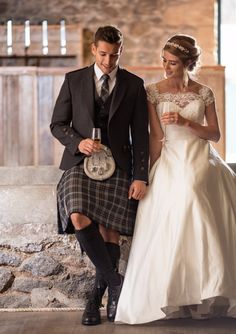 Oban Mist is another MacGregor and MacDuff exclusive tartan. Grooms often select a tartan tie to match their kilt. What would you choose?