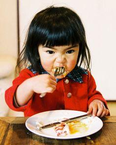 Wonderful photos of a little girl.  미라이짱(未来ちゃん) 사진집 : 네이버 블로그 http://blog.naver.com/saymono/40194262223