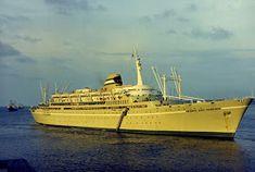 FARO É FARO: Recordando o Paquete Infante D. Henrique Sailing Ships, Boat, Hale Navy, Light House, Dinghy, Boats, Tall Ships