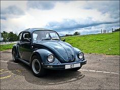 2003 Oceanic Green Mexican VW Beetle 1600i. Photographed at Spike Island, Widnes.