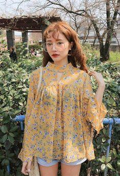 Korean Fashion Trends you can Steal – Designer Fashion Tips Korean Fashion Trends, Korean Street Fashion, Korea Fashion, Asian Fashion, Style Outfits, Casual Outfits, Cute Outfits, Fashion Outfits, Womens Fashion