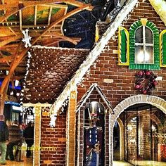 Giant Gingerbread house at Mohegan Sun Casino in Uncasville, Connecticut. Could you believe this is a 24 foot, life sized? The house has approximately 6,525 gingerbread bricks, four 7-foot soldiers made of milk chocolate and Rice Krispies, icing and white, dark and milk chocolate. | Photo by Wanda J. Barreto