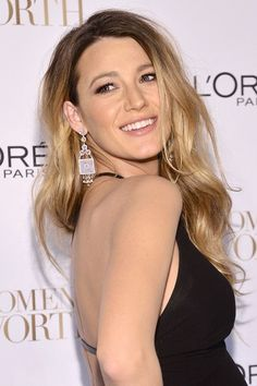 The A-list love Ombre & Sombre hair, browse our gallery of pictures of ombre, sombre and dip-dye hairstyles to get inspired. Ombre Hair Color, Hair Color Balayage, Blake Lively Hair, Dipped Hair, Crop Hair, Dip Dye Hair, Hair Chalk, Glamour Uk, Festival Hair