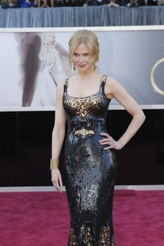 Nicole Kidman, best dressed at the Oscars! Hair and makeup so perfect!