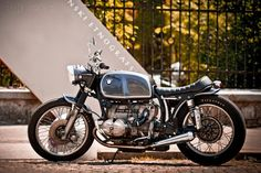 Bmw classic Brat Style #motorcycles #bratstyle #motos   caferacerpasion.com