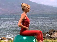 Balanceball for Beginners Stability Ball Exercises, Core Stability, Workout For Beginners, Beginner Workouts, Pilates Instructor, Workout Videos, Exercise Videos, Gym Workouts, Ball Workouts
