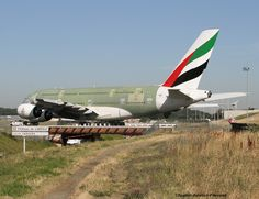 "https://flic.kr/p/vcrxJH | Emirates | Airbus A380-861 A6-EOR F-WWAP MSN:0202. HAMBURG The departure of Airbus A380 of Emirates Airlines for paint and equipment. Visited on my aviation site <a href=""http://www.spotter-aviation-pibracais.com"" rel=""nofollow"">www.spotter-aviation-pibracais.com</a>"