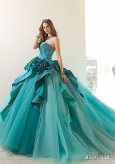Interesting best quinceanera dresses why not look here Ball Dresses, Ball Gowns, Prom Dresses, Teal Quinceanera Dresses, Beautiful Gowns, Beautiful Outfits, Fairytale Dress, Dream Dress, Pretty Dresses