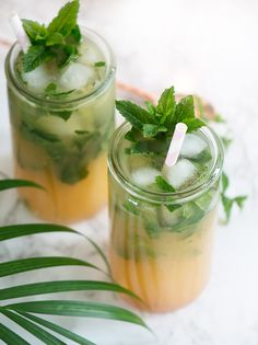 Cocktail Drinks, Alcoholic Drinks, Cocktails, Juice Smoothie, Smoothies, Food N, Food And Drink, Summer Breeze, Yummy Drinks