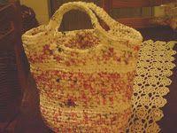 Curupisa: California: Bolso a crochet con bolsas de supermercado/ Crochet tote made from plarn