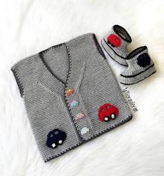 Multi-Order 57 Baby Vest Cardigan P Baby Knitting Patterns, Baby Booties Knitting Pattern, Knitted Baby Cardigan, Crochet For Kids, Crochet Baby, Crochet Fashion, Baby Shop, Knitwear, Valentino
